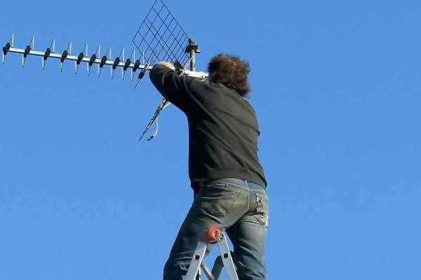 reparar antena caída en Murcia